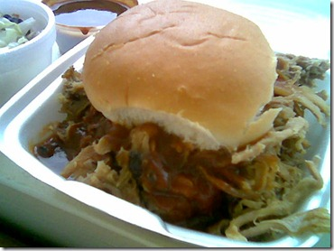 hoggys-pulled-pork-sandwich